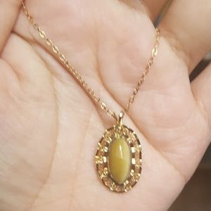 VINTAGE 14k gold filled cats eye necklace